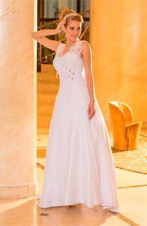 Vestido de noiva com  alça rendada