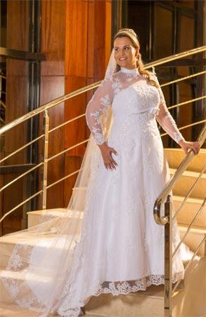 c816433ca Manga comprida plus size. Vestido de noiva