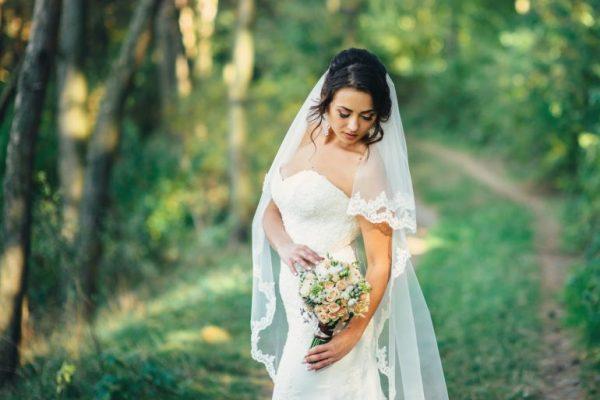 [POST ESTENDIDO] Vestido de noiva simples e comportado: destaque-se de modo discreto