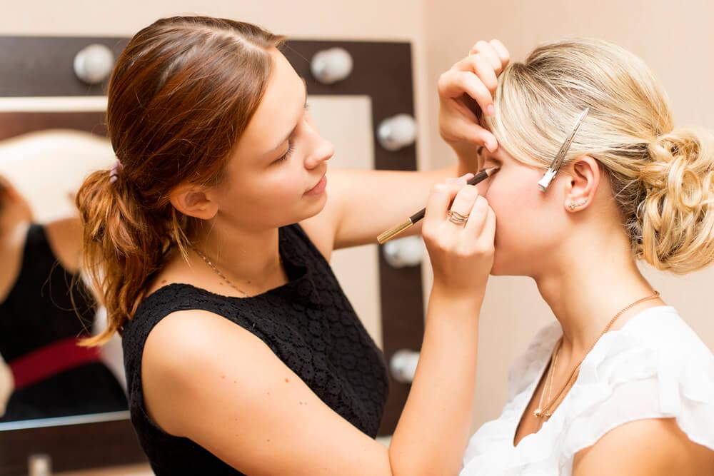 Maquiagem de noiva: 5 dicas incríveis sobre como escolher